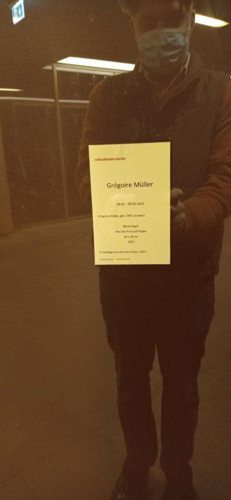 Grégoire Müller - Blond Angel - Schaukasten Berlin